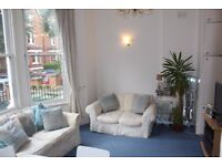 PH1 - PARLIAMENT HILL-Fabulous Fully Furnished, One Bed Flat, Bright, Airy, Quiet - Hampstead, NW3