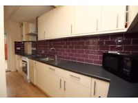 Big 5 Bed House in Stratford, E15 1SY - £1990pm! AVAILABLE NOW! This Property Will Go Very Fast -