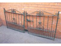 Vintage Ornate Wrought Iron Gates & Ends - Very Heavy - Bottle Green - In Great Condition - £300