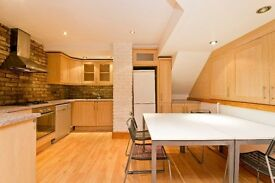 Large 2 bedroom 2 bathroom apartment to rent Finchley Road! £420 per week! Available in feb!