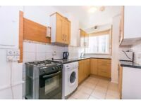 AMAZING 2/3 BED FLAT IN ONE OF THE MOST DESIRED AREAS OF LONDON FOR AMAZING PRICE N1 ANGEL
