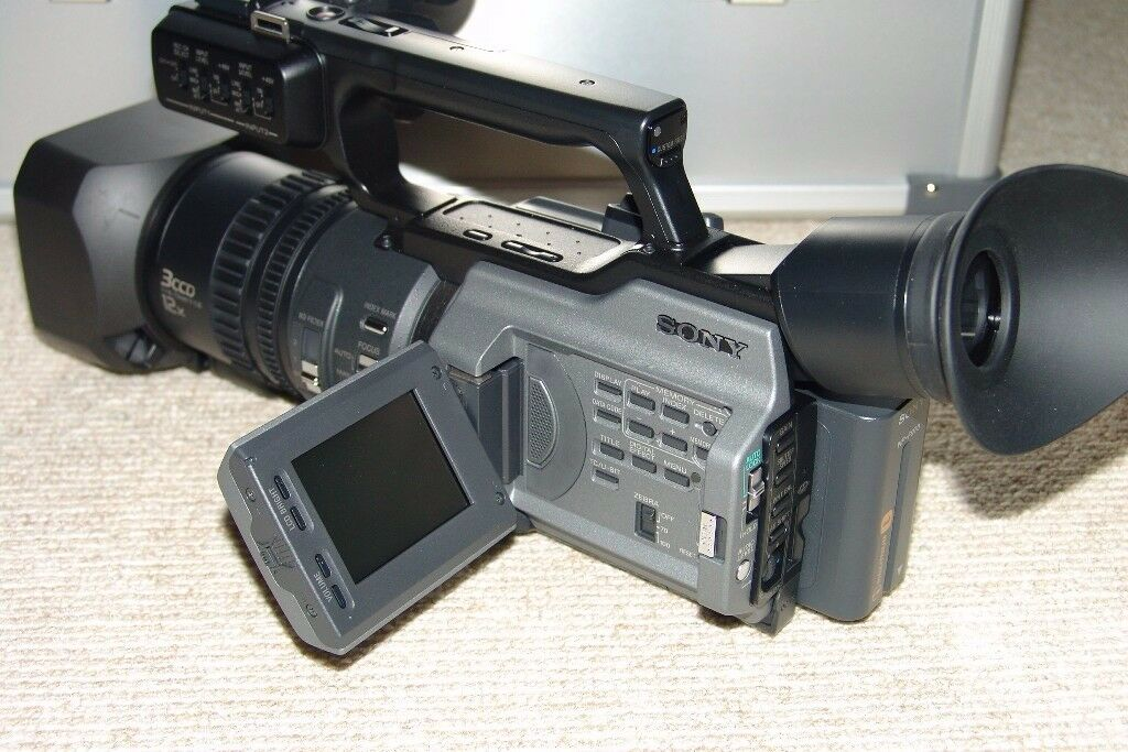Sony DSR-PD170P Professional Video Camera with loads of