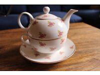 Crown Windsor stackable tea pot