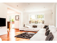 Property Photographer will photograph a Large, modern and luxury interiors for portfolio - FREE