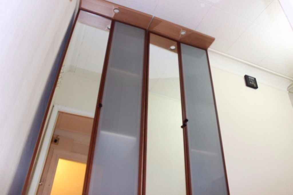 WARDROBE WITH FULL MIRROR, 2 MORE AVAILABLE, NEED TO TAKE APART TO FIT OUT THE DOOR, COLLECTION ONLY