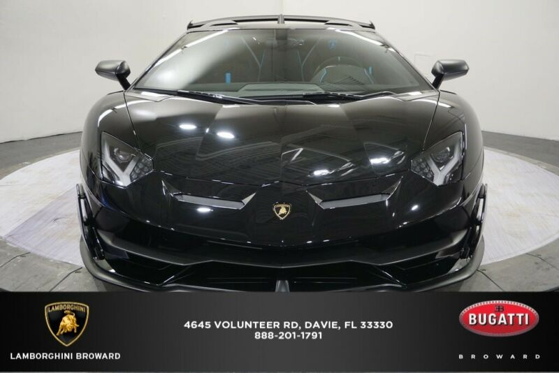 Image 2 Coche Americano usado Lamborghini  2020