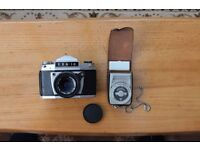 EXA 1a Roll-film camera with separate light meter