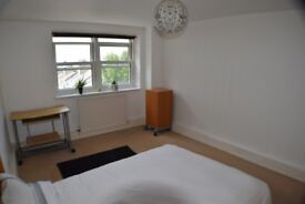 COUPLE WANTED: Large double room in a modern flat, redecorated, central heating, close City Centre