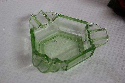 POSACENERE D'EPOCA  IN VETRO  PORTACENERE ANNI '30  VINTAGE GREEN GLASS ASHTRAY