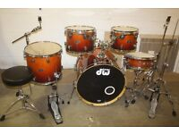 """PDP Pacific (DW) FX Series Tobacco Fade 5 Piece Full Drum Kit (22"""" Bass) + All Stands + Cymbal Set"""