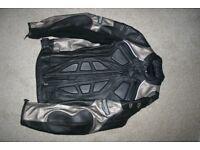 Triumph Mens Leather Jacket Size 44