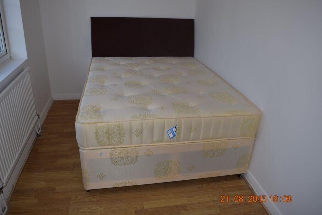 1 bedroom in Westrow Drive, Room 3, Barking, IG11