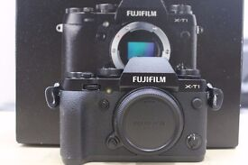 Fuji XT1 body (boxed, excellent condition)