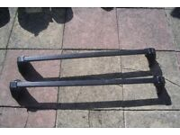 Genuine vauxhall Astra 2003-1998 Lockable Roof Bars