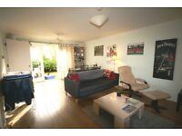 *** Huge Three Bedroom Victorian Conversation Apartment In Clapham North £440.00pw