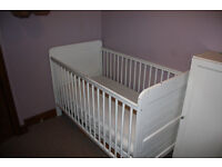 Baby/toddler cotbed - with mattress