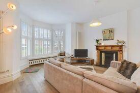 2 bedroom flat in Ridge Road, London, N8