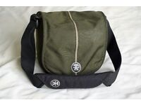 "Crumpler ""Pretty Boy 3000 Large"" Camera bag in excellent condition"