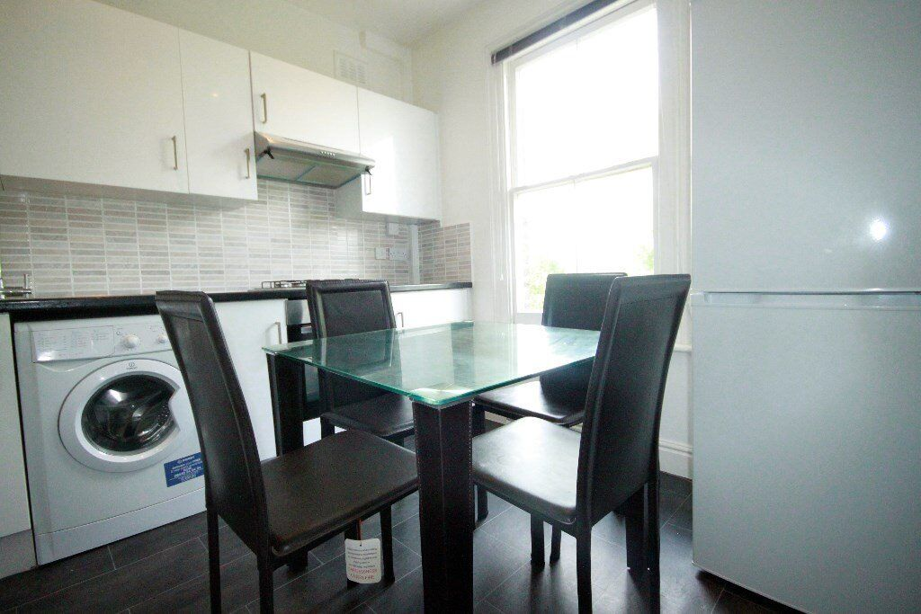 A Massive 2 x double bedroom property in Kilburn - Great for sharers - Call Shelley 07473792649