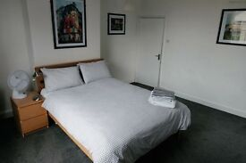 1 DOUBLE bedroom AVAILABLE NOW, STRATFORD