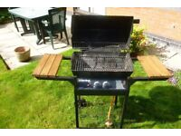 CHAR BROIL 250 BARBEQUE