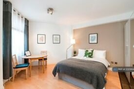 Studio flat in Chelsea Cloisters, London, SW3 (#1020864)