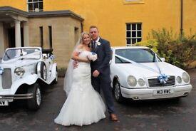 Stunning ivory wedding dress size 10/12