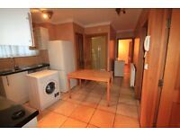 Lovely House, Amazing Twin Room in Stockwell just 185 pw // Ref. 14j