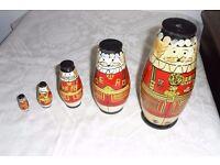 Vintage Babushka/Matryoshka Royal Guard 1970s Russian Nesting Dolls Beefeater x5