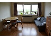2 bed flat to rent UB5 6BN
