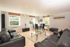 1 bedroom flat in Wilshaw Close, Hendon, NW4