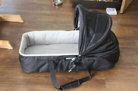Babyjogger Basinette in Black with cover and adaptors for buggy