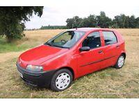 BREAKING Fiat Punto 2001 Red 1.2 8v