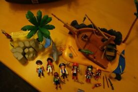 2 Playmobil pirate sets - shipwrecked boat and deserted island