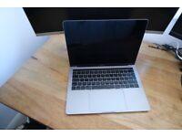 MacBook Pro i7 3.5GHz - 16GB - 256GB (13-inch, 2017, Four Thunderbolt 3 Ports)