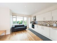 REFURBISHED 2 BED 3 BATH FLAT JUST MINUTES FROM ACTON TOWN TUBE