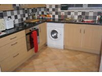 Large, Immaculate, two double bedroom garden flat within a 10 minute walk to the City Centre.