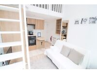 An amazing studio with a balcony in West Kensington £360 pw