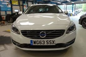 Volvo V60 D6 PLUG-IN HYBRID AWD [1 OWNER / NAV /SUNROOF /XENONS] (ice white) 2013