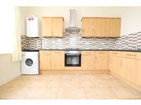 ** E17 / WALTHAMSTOW - STUNNING 2 DOUBLE BEDROOM FLAT -