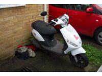 Piaggio Zip 50cc 2T petrol Scooter 2013 low millage with cover