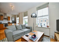 Stunning Light and Airy Flat part of a Victorian House in N5 for £1700p/cm MUST VIEW EARLY!