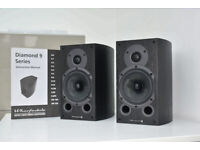 Wharfedale Diamond 9.1 bookshelf speakers, black wood, with box, instructions and instalation guide