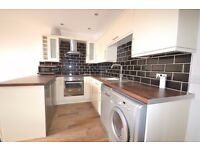 Stunning Large 3 Double Bedroom Flat in Balham Only 3 Mins Walk To Balham Tune Station Northern Line