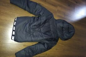 Nike padded women jacket size L black