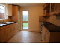 *LARGE 3 BEDROOM HOUSE* This wonderful 3 bedroom house available in Chadwell Heath, RM6.