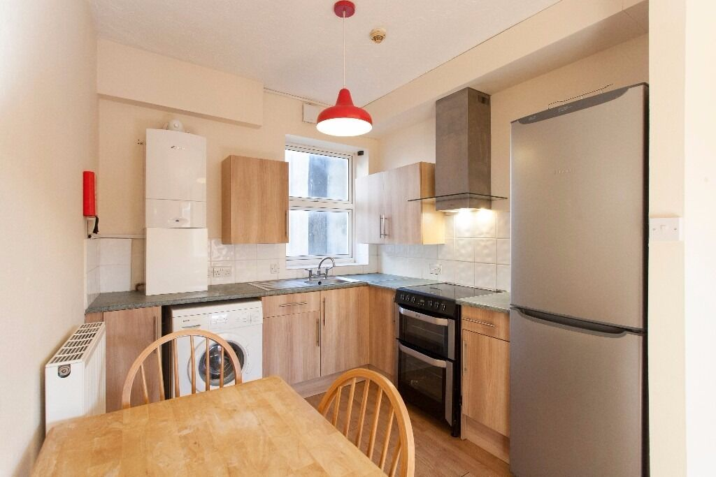 4 Bed Student Flat to let in popular Clifton area