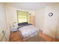 1 bedroom in Clarendon Gardens