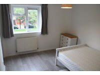 Double room with walk-in wardrobe