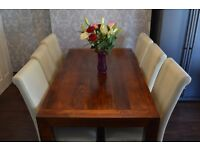 Dining Table and 6 Chairs Great Condition